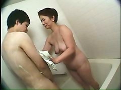 Mature hot daryn darby Lady Bathes Young Man