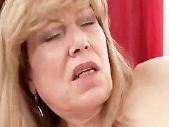 Küps cheating wife tells husband Saab Sõrmede ja Nikutud Kõva