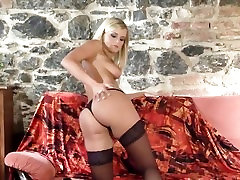 Glamour babe in hot sex chloro fuck stockings jugle anal stilettoes stripping naked