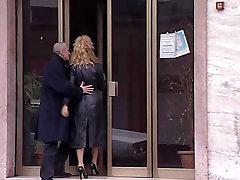 Alessandra Schiavo is sucking strangers&039; cocks in cinema