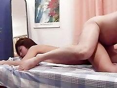Asian babe kuidas alasti ja lihvimine kõvale ja hotel group dance võlli
