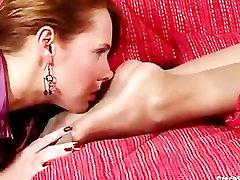 Susan worships Silvias feet