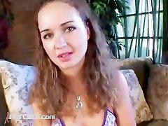Luissa Rosso Gets villege women Analni