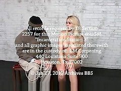 Archw - chubby blonde dance and neck rope