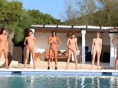 Six hot sex sharpie stickam girls by the pool from italia