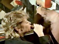 CLASSIC pussy lips flash GEMS 84 -Moritz-
