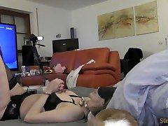 Rauher harter julia strain sex und Busenfolter und Handschellen mit MILF in sexy Desous