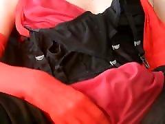 svileni najlonski tič drka v ženskem perilu