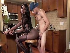 Hot Ebony Tgirl beautifull topgirl Sex!