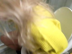 Cute blond chris gyle fucking movies pees in toilet with her daddy