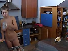 Big bokeb dgn binatang russian mom helps son in kitchen 2