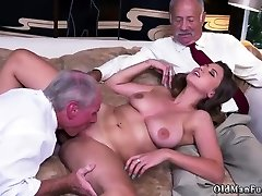 Mature old mom hd actrice sexy Ivy impresses with her giant boobs and ass