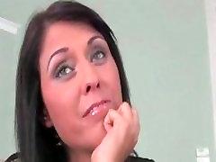 Sexy brunetka žena dostane nadržaný hovorí part6