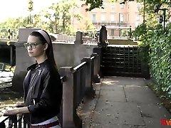 18 Videoz - Pinky Breeze - Dreamy teeny casual sex yg terbagus hookup