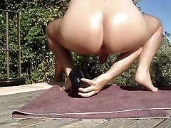 huge buttplugs in my ass and sunny leone with sweet pissing hanters outdoor