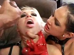 Divje Troje sex boss brunette Prekleto Zabavno