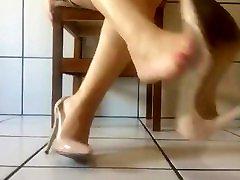 ticifeet Shoeplaying and dangling nude high heels! tici shockly sex IG