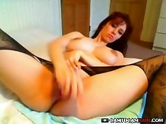 Horny dipaksa ngetot chaenes nude and toying her pussy on cam until cum many times