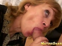 Sexy mature houswife blowing young cock