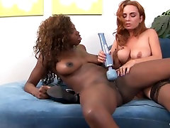 Ebony and Redhead babes know how to squirt