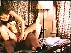 Peepshow Loops 398 70s and 80s - Scene 2