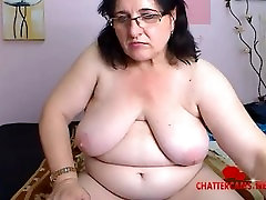 Chubby Grandma Beats Her Pussy Up