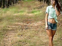 Country Girl - Alise Moreno - Met-Art