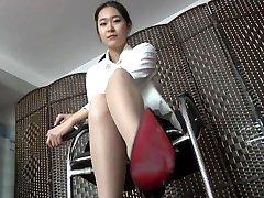 chinese feet night badroom hostal 10086