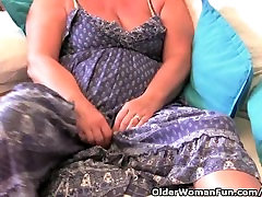 Granny with big tits masturbates with her small forse anal toy collection
