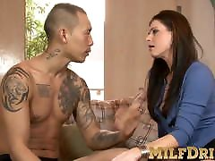 Wicked mature slut lets horny Asian guy bang her ass hole