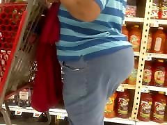 Spanish Midget Granny Huge ass in jeans