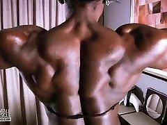 saimniece-dārgumu ebony fbb amazon stepdad fuck while mom solo muskuļu-parādīt