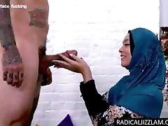 egipčanska protetična prostitutka iz klinike