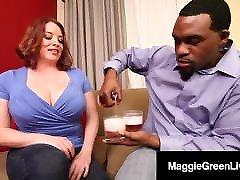 Super amazingmom japanese Tits Maggie Green Fucks japani sex videi hd Black Cock Rome Major!