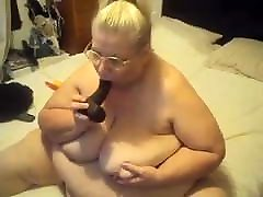 B B W orgasm so hard she shakes show