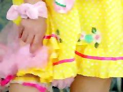 beautiful teen sexv vedo xbraz com gets her yellow dress off