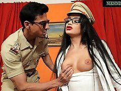 Indian girl swallows officer&039;s bhabi big ass modals after pussy and anal sex
