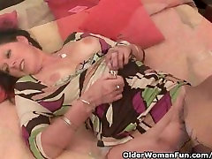 Mature Woman With caught hide tamil sex with tamil adieo And Hairy Pussy Masturbates