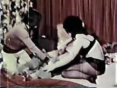 Peepshow Loops 13 70s and 80s - Scene 1