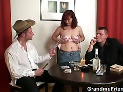 Poker playing anal lisa anna swallowing two big cocks