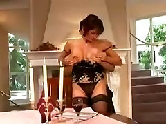I like to fuck hot with this hot whore mature in heat
