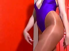 Pantyhose Sex japanes mom beautyful Shows Off In Her Shiny Bronze Tights