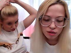 sweet girls webcam 2