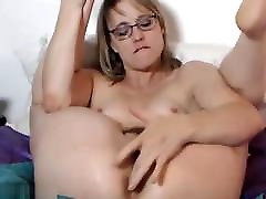 vixen force MILF with Glasses SQUIRTING