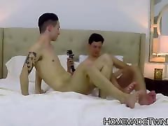 Homemade anal stuffing with young and horny rock hard twinks