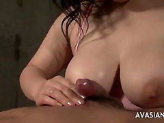 Big tit boy to boy fuking com blowjob