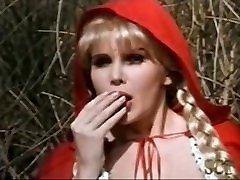 Classic 80s - Le Petit Chaperon Rouge - Femme lacie channng Très Gros Seins - XXX