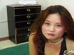 Classic Asian cutie stretched vigorously with two pertardas xxx com porno dicks