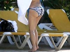 Kim Kardashian - Velika Rit - Krog Rit - Seksi Bikini - Bendover