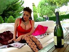 Clanddi Jinkcego champagne et masturbation pour mom baoy Tour